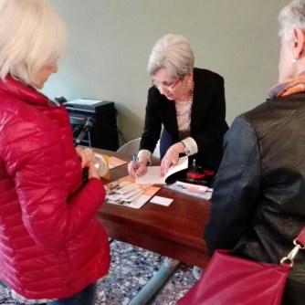 Ana Danca - autografa il libro