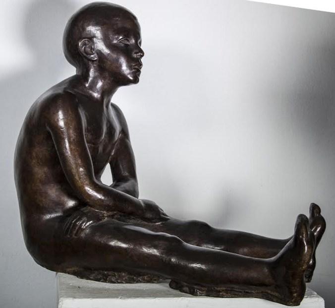 Enzo Nenci (1903-1972),Monello mantovano, 1952, bronzo, (foto degli studenti del Liceo Artistico di Mantova)
