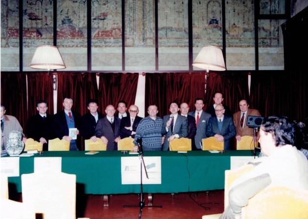 1992 - Da sx - Benedini, Benzoni - Tomaselli - Bonomi - Azzoni - Iori - Costa - Mazza - Bertoli - Lui - Gueresi - Quarenghi - Modè