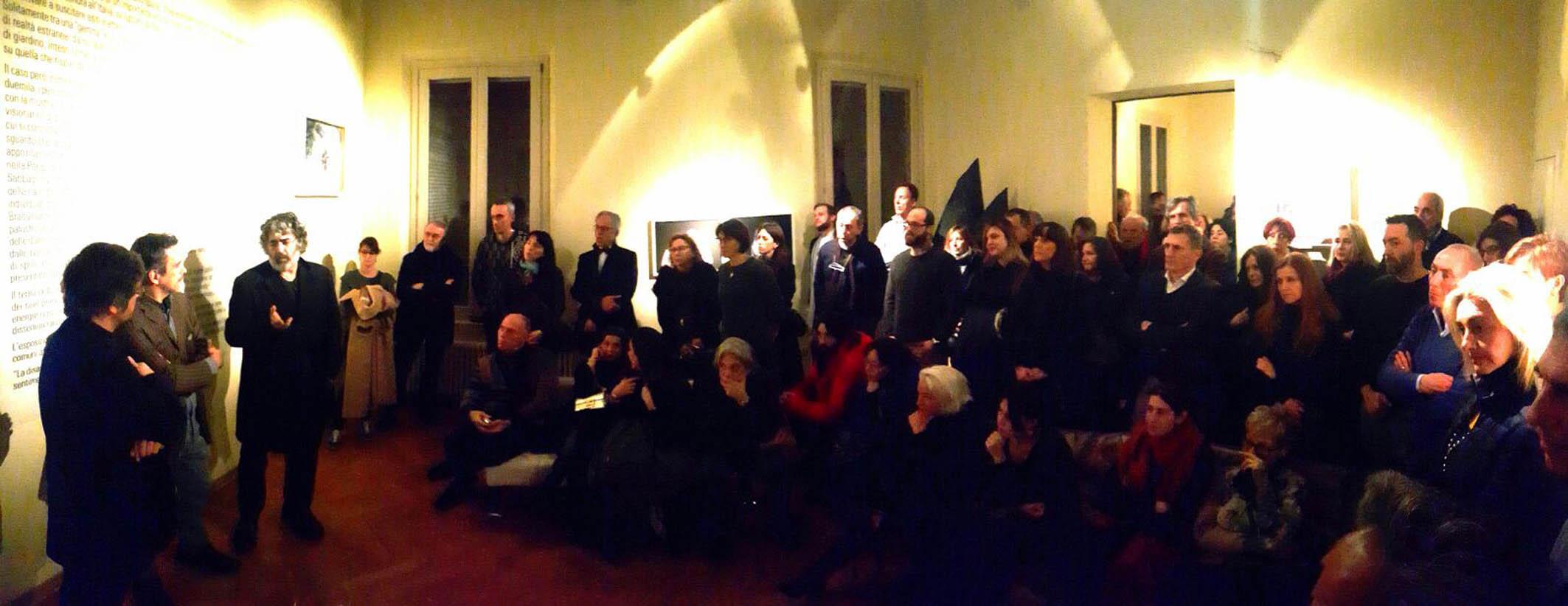 Il numeroso pubblico presente all'inaugurazione