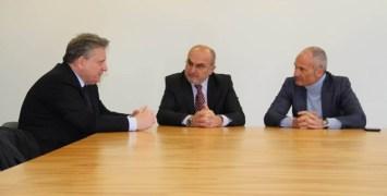 da sx il prefetto Lombardi, il presidente e l'amministratore delegato di APAM Trevenzoli e Medeghini