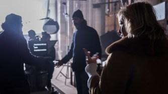 Valeria Bruni Tedeschi_Backstage dalle riprese del film _Van Gogh tra il grano e il cielo_ – Auvers sur Oise Auvers sur Oise Chiesa di Notre-Dame-de-l'Assomption