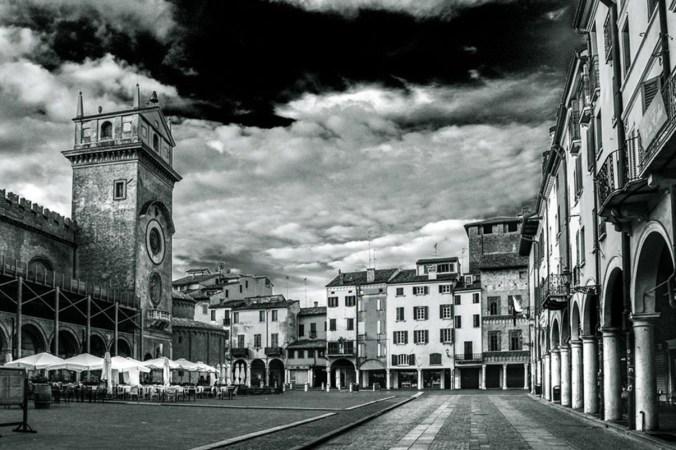 piazza-erbe.jpg