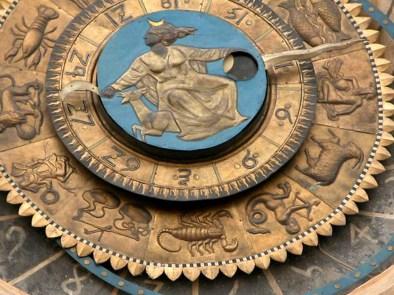 orologio astronomico di piazza delle Erbe