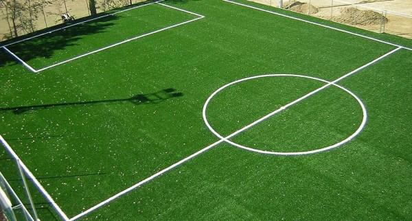 campo in erba sintetica.jpg