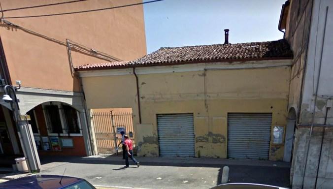 Edificio Piazza Martiri.jpg