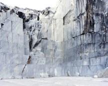 Cava di marmo (Carrara, MS) 2016, Inkjet print montata su dibond cm 60x80, stampata in bianco e nero, poi colorata a mano, Esemplare unico