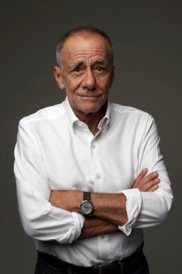 Roberto Vecchioni - Ph. Oliviero Toscani (credito obbligatorio) (5)