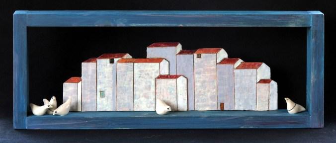 case di corte, 2018, maiolica, 16,5x44 cm