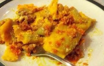 tortelli di zucca pomodoro e salamella