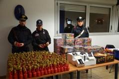 carabinieri - botti d'artificio