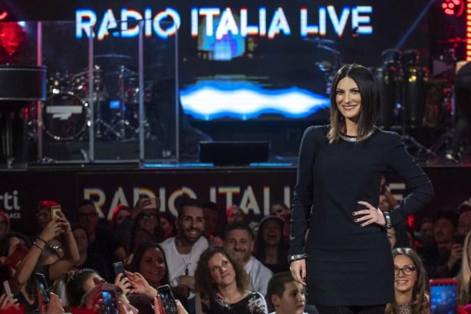 Laura Pausini_Radio Italia b.jpg