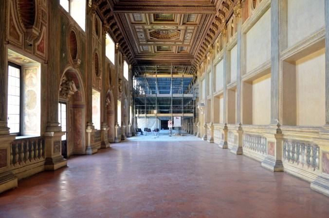 Galleria della mostra in restauro 1.jpg