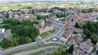 Reggiolo: la nuova piazza Martiri