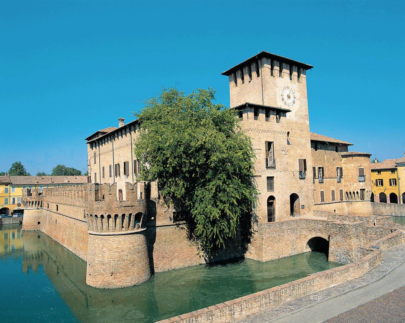 Rocca-Fontanellato-Castelli-Ducato-Aperta-Turismo.jpg