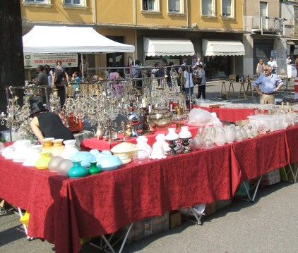 mercatino antiquario a San Martino dall'Argine