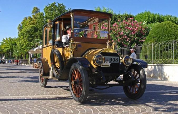 Garda Classic Car Show - ph Luciano Zanetti.jpg