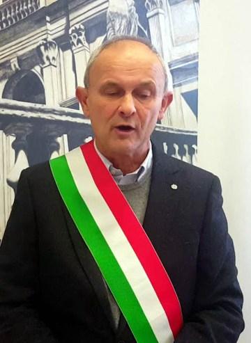 Roberto Lasagna sindaco di San Benedetto Po.jpg