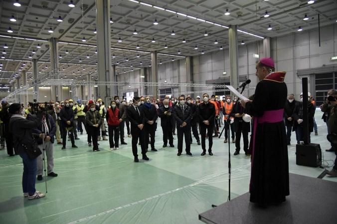 Ospedale della Fiera di Milanodurante la benedizione dell'arcivescovo Mario Delpini