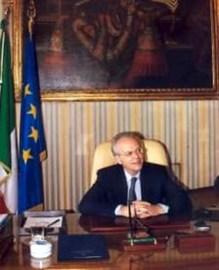 Renato Saccone prefetto di Milano.jpg