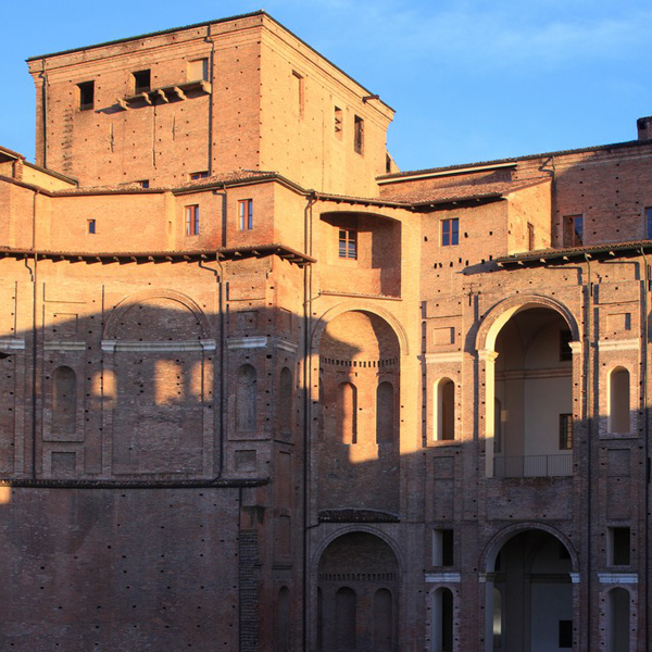 Palazzo-Farnese-Castelli-Ducato-Piacenza-Emilia