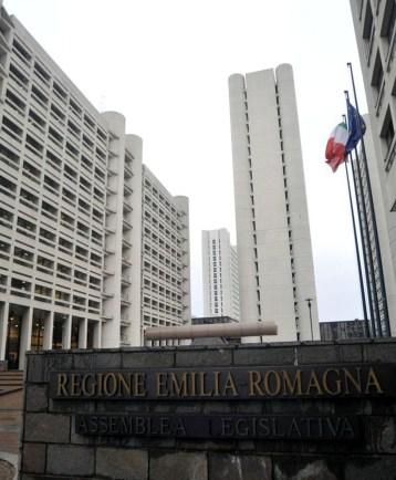 REGIONE EMILIA ROMAGNA SEDE DI BOLOGNA.jpg
