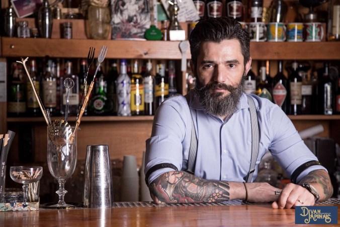 Max La Rosa proprietario e barman del Divan Japonais di Frascati Roma 3