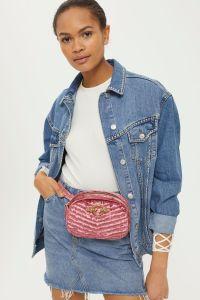 sac rose poudré porté