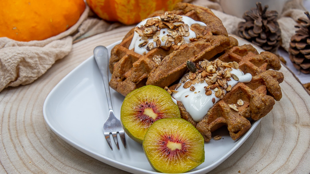 mind-and-beauty-gaufre-facon-butternut-cake-focus