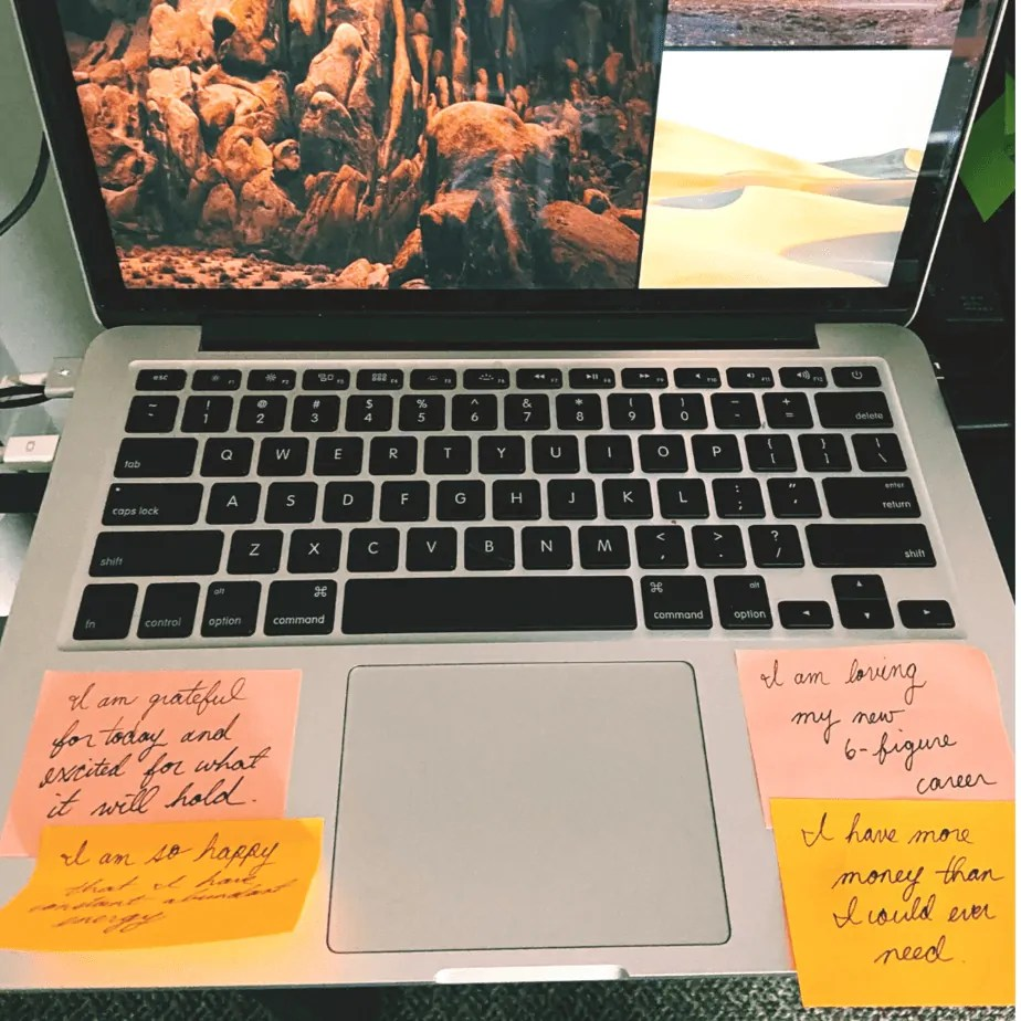 Shows an alternative to having a vision board, using sticky notes.