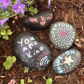 mindful.littles.kindnessrocks.passiton