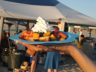 Camping food: fruit shortcake www.mindfulmomma.com