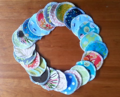 reusable makeup pads via mindfulmomma.com