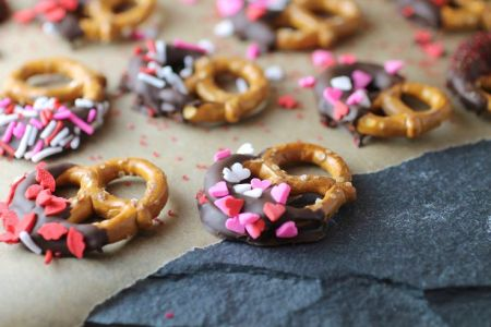 chocolate covered pretzels from Spinach for Breakfast