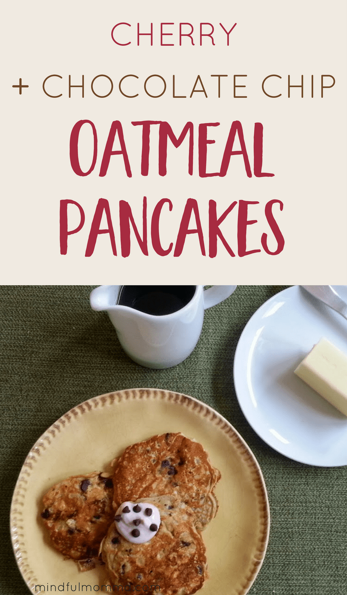 These Cherry Chocolate Chip Oatmeal Pancakes are healthy and sure to please the whole family! | #breakfast #pancakes #healthyrecipe #oats  via @MindfulMomma