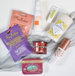 Yuzen Box with natural beauty products
