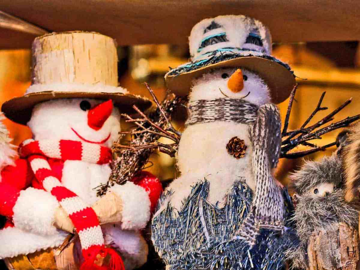9 Relaxing Crafts Perfect for Winter Evenings