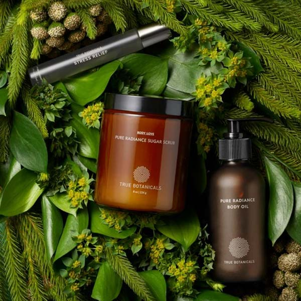 True Botanicals Review Pure Radiance Sugar Scrub Set