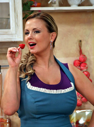"Анна Семенович в программе ""Барышня и кулинар"""