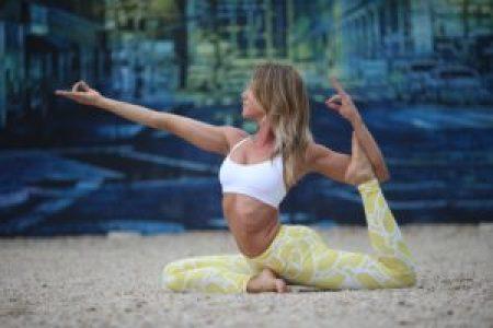 How does one attain moksha through karma yoga? 5