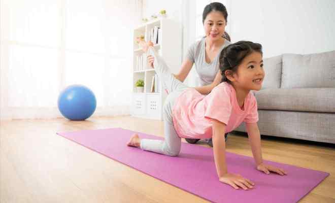 Beginner Yoga Poses For 2 Kids Abc News