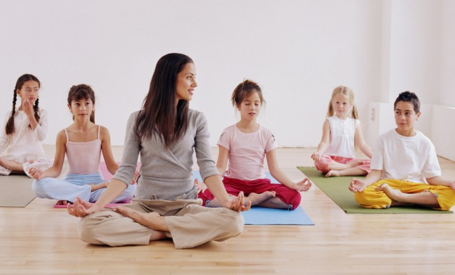 What is samkhya yoga? And how different is from hatha yoga? 1