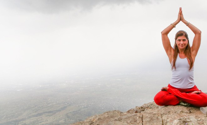 Which is best for posture and knee pains yoga, pilates, yogilates, or stretching? 1
