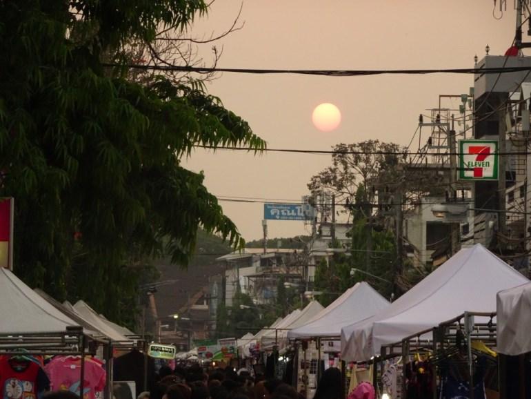 Walking Street - Markt Chiang Rai