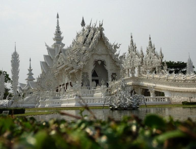 Weißer Tempel Chiang Rai Hauptansicht