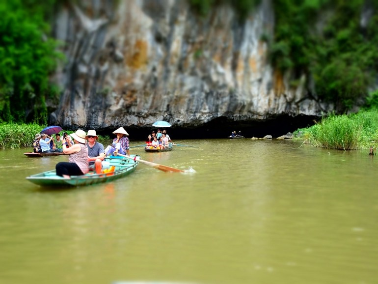 Einfahrt zur Höhle Tam Coc
