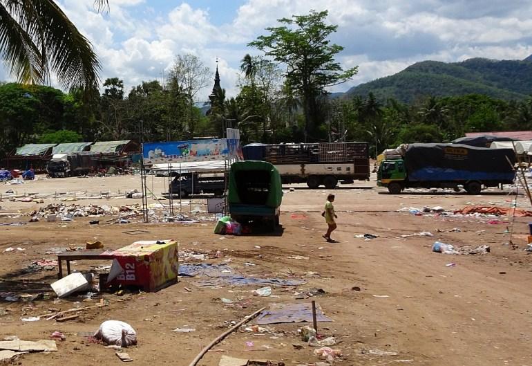 Müll auf dem Markt in Luang Prabang