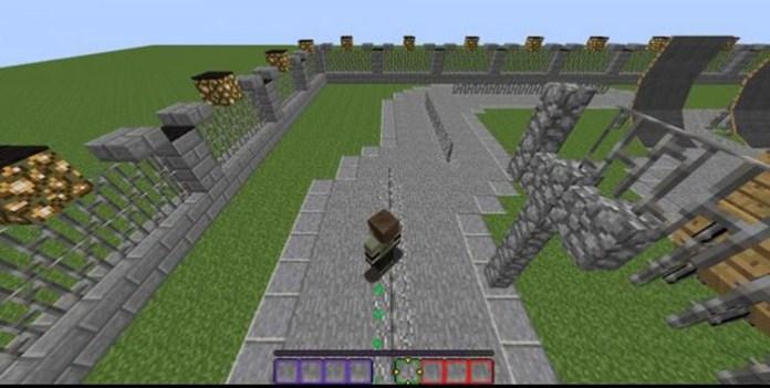 Skateboarding-in-Vanilla-Minecraft-Map-1