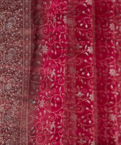 Red_IndianSari-Curtain-Closeup