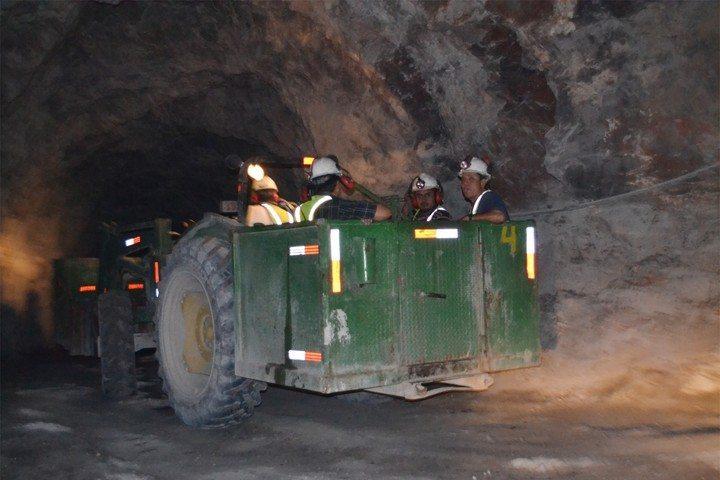 Empleos. Según integrantes de la Cámara Minera de México, en Durango se ha detenido la generación de empleos mineros.